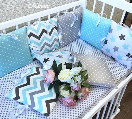 Бортик в детскую кроватку фото
