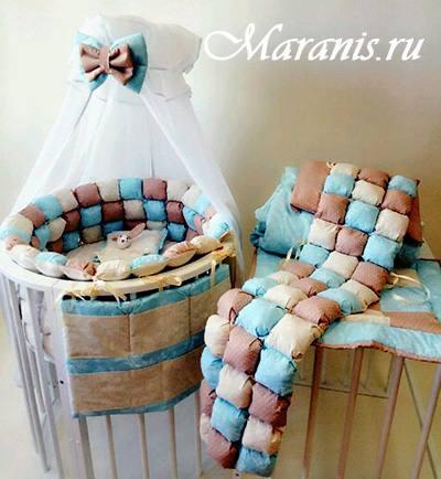 Бортики в круглую кроватку бонбон